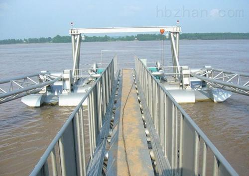 栈桥摇臂式取水泵船