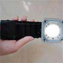 佩戴YJ1035便携式多功能电量显示照明手电筒