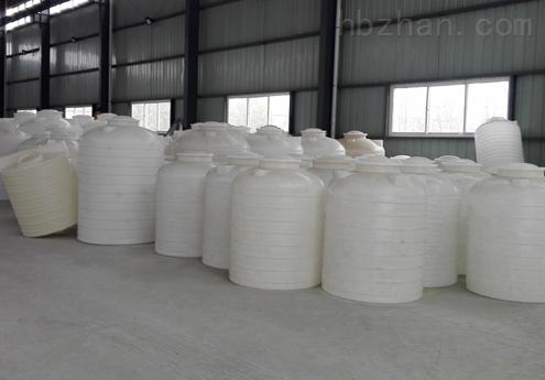 2吨塑料水塔