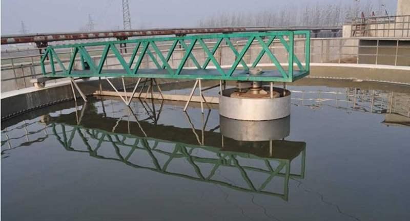 半桥式周边传动刮泥机