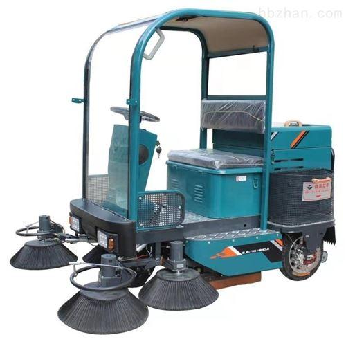 驾驶型小型环卫清扫车