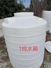 PT-1000L威海1.5立方塑料水箱  粘泥剥离剂溶药罐