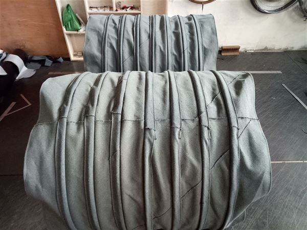 水泥厂绿色加厚帆布伸缩布袋