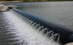 拦河景观坝