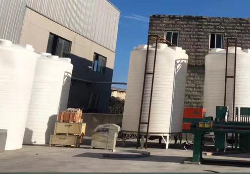 5吨滚塑容器日常应如何做好维护保养