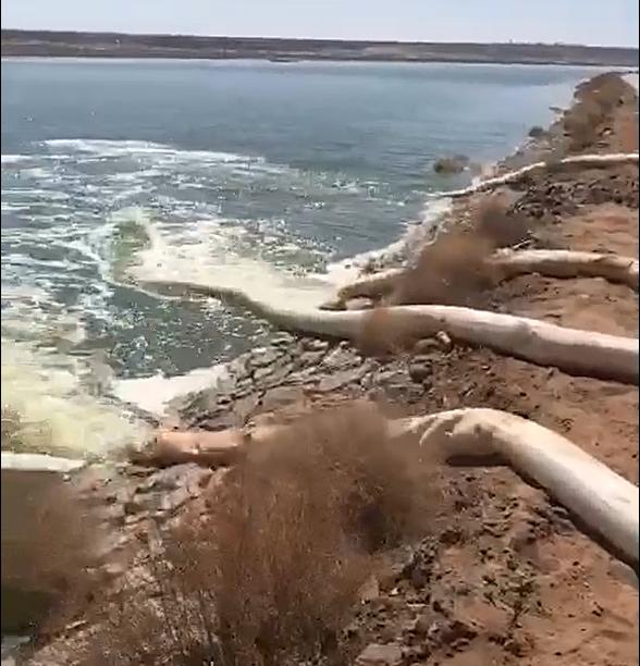 漂浮式潜水泵现场